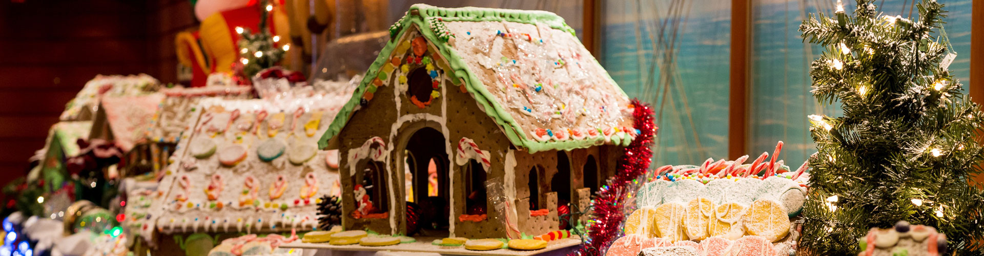 Christmas Tree Elegance and Ginger Bread House Competition @ Bluegrass Country Club Hendersonville